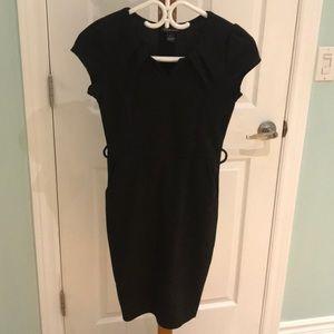 Dresses & Skirts - Black cap sleeve dress with pockets